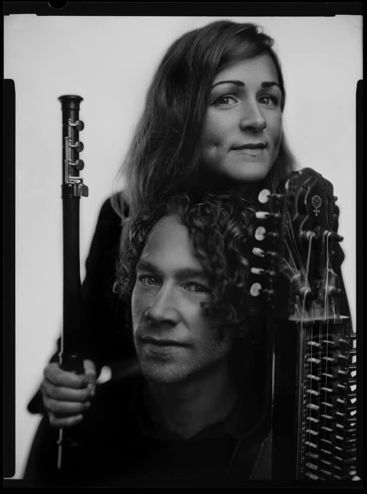Kristine West & Erik Rydvall. Musikaliska möten på flöjt och nyckelharpa.