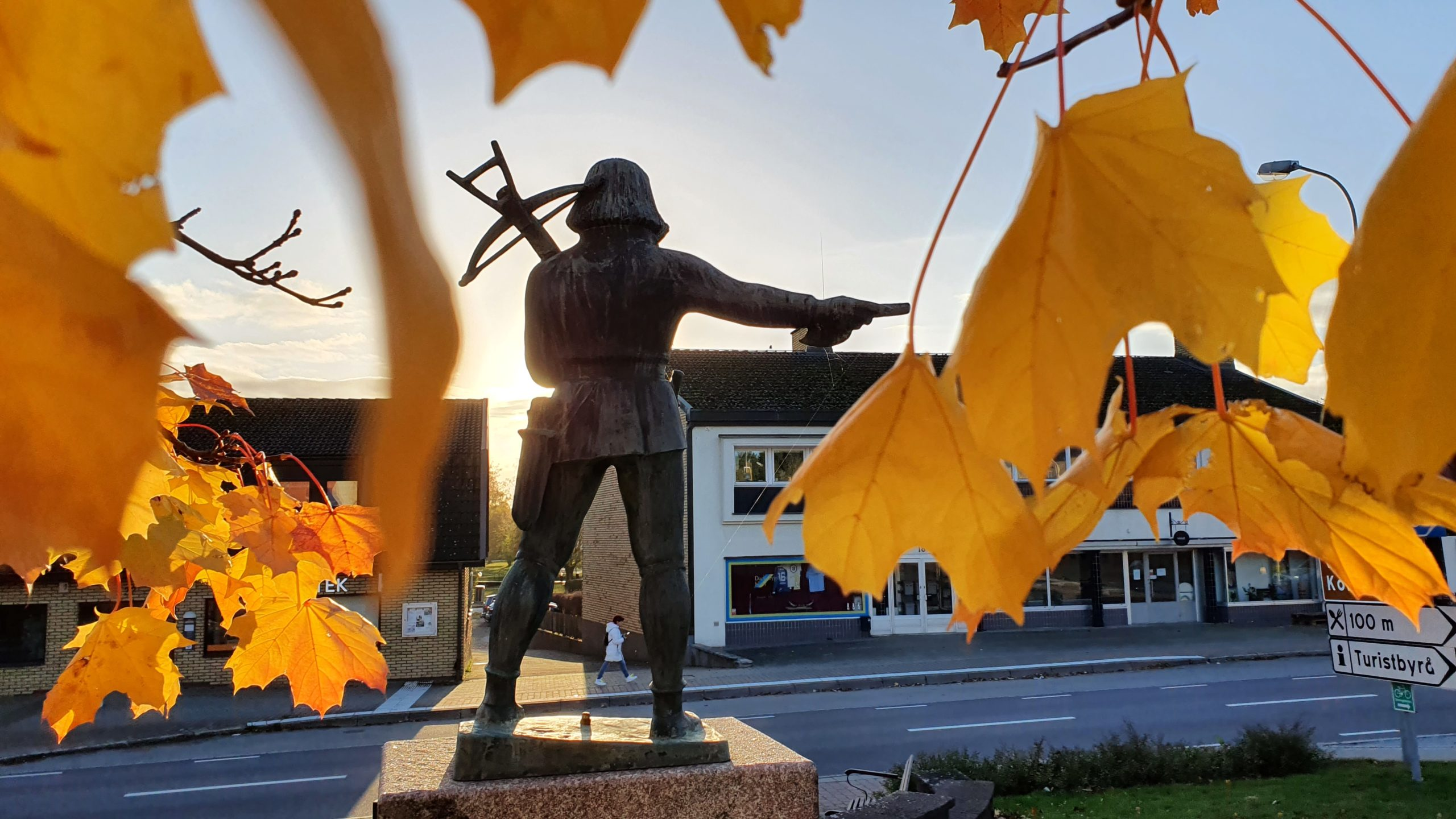 Whakapakoko Autumn Dack na Olaf Lindström