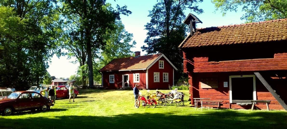 Nostalgitraff i Hultsfreds hembygdpark Annika Bogren